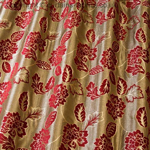 Pasha 5604 By Iliv Interior Textiles In Redcurrant Curtain